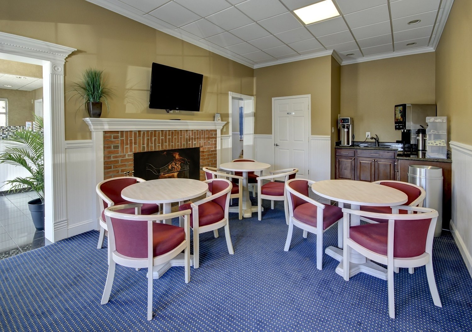 Photo of Guest Lounge